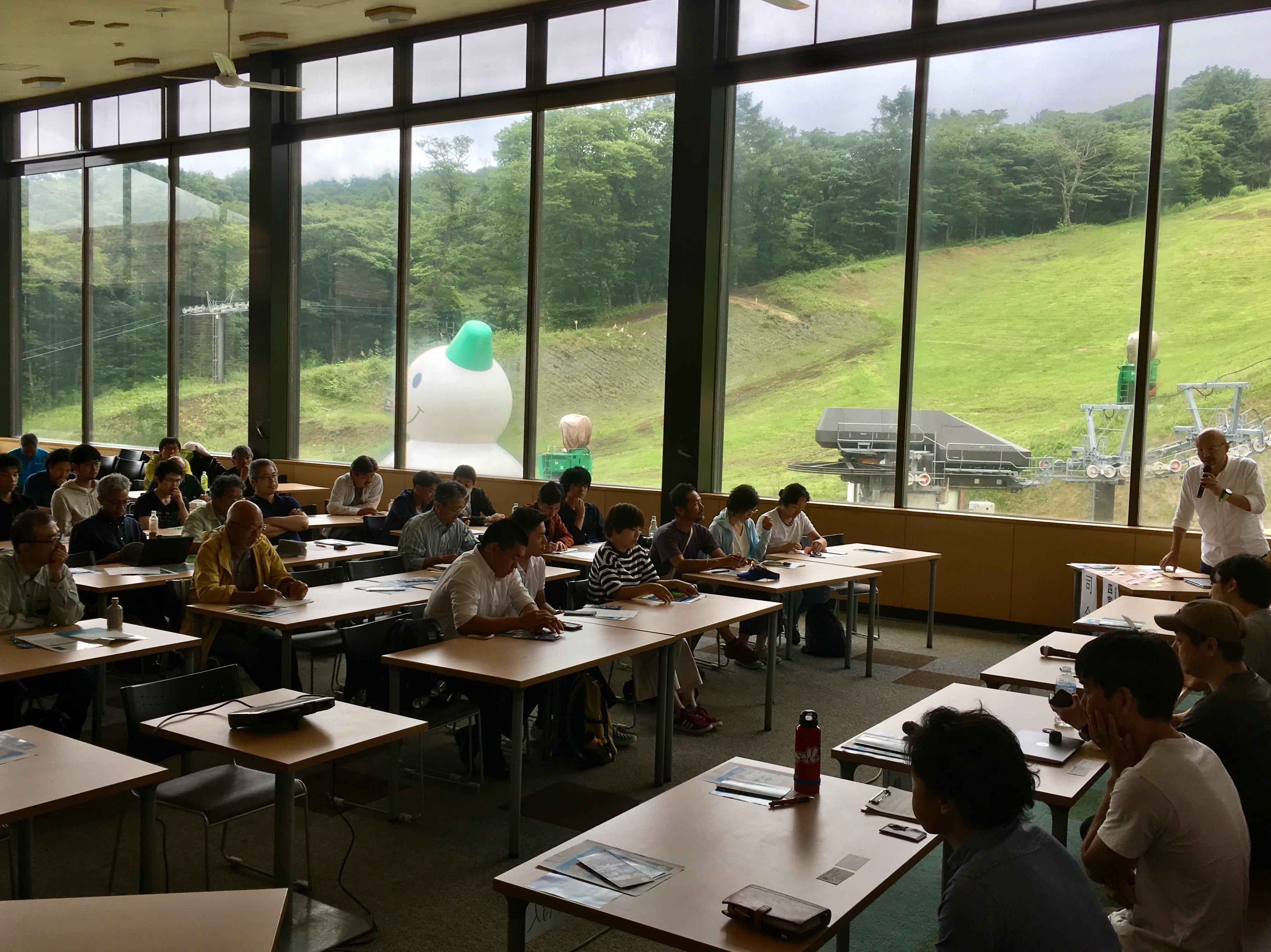 軽井沢フォーラム開催レポート「オフシーズンのスキー場で自伐型林業を」